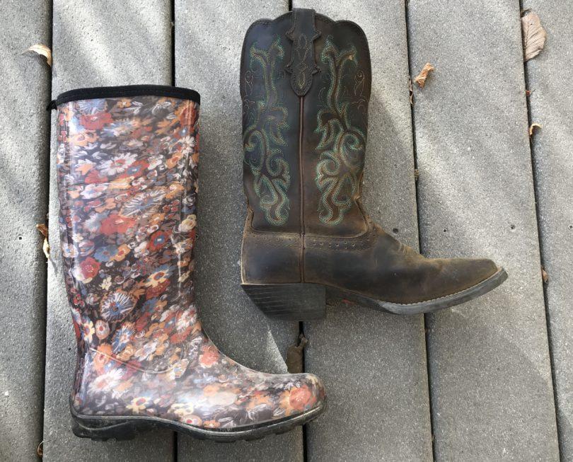 wear-rain-boots-horseback-riding-2