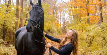 Jessie-Hood-Black-Horse