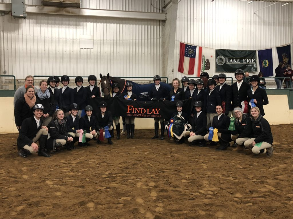 College-Equestrian-Alyssa-Simin-Team