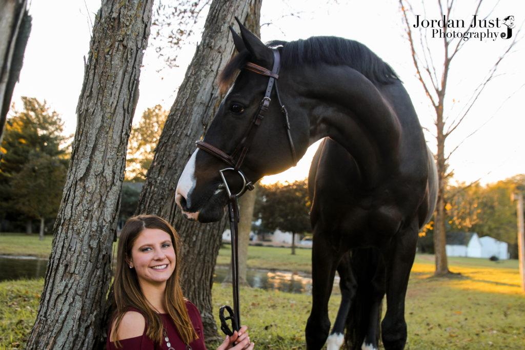 College-Equestrian-Alyssa-Simin-Bkhorse