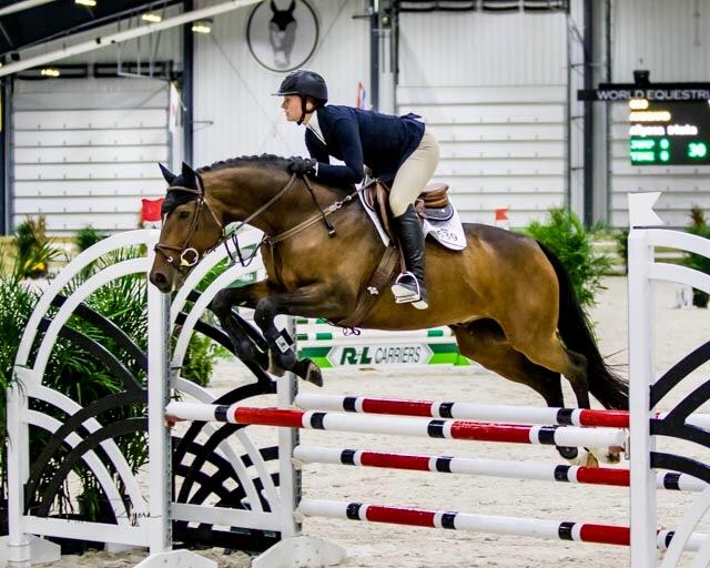 College-Equestrian-Alyssa-Simin
