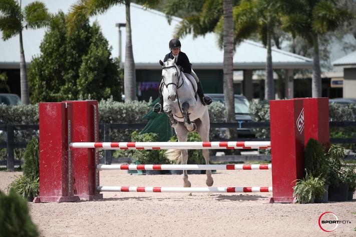 Gabrielle-Fournier-Jumping