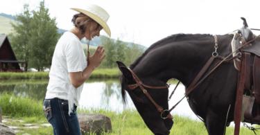 yoga-tips-equestrians