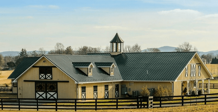 Fancy Horse Stable
