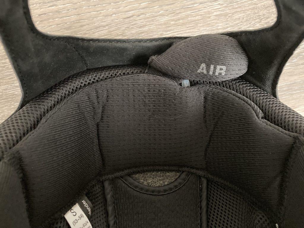 one k defender air pod