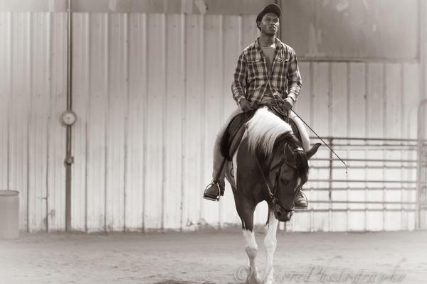 nahshon cook horse riding