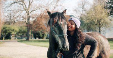 anu joshi and horse