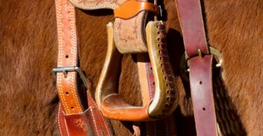 best stirrups for trail riding